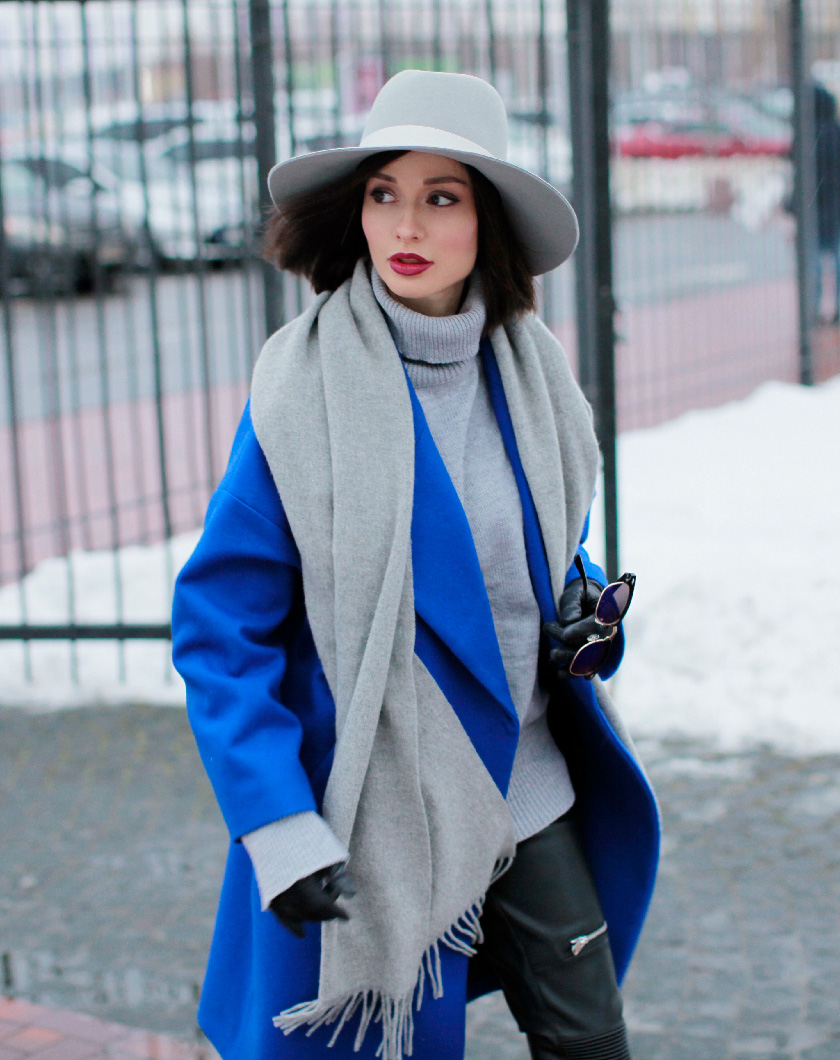 Sonya-Karamazova-winter-outfits-what-to-wear-in-winter-blue-coat